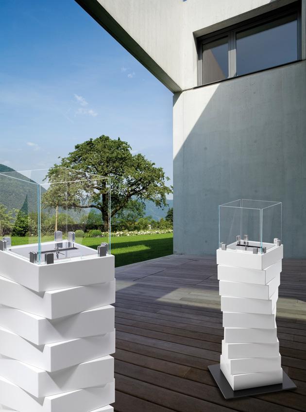 Une sculpture dans l espace chemin e thanol rubik lovter - Cheminee ethanol exterieur ...